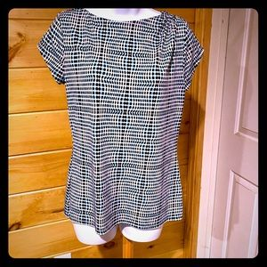 Liz Claiborne size medium rayon top